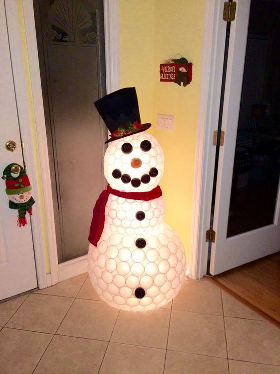 DIY-Plastic Cup Snowman